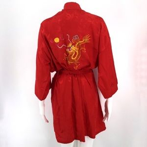 ORIENTAL Silk Kimono Robe Embroidered Dragon Red